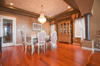 """Photo 3: 3179 ARROWSMITH Place in Coquitlam: Westwood Plateau House for sale in """"WESTWOOD PLATEAU"""" : MLS®# R2569928"""