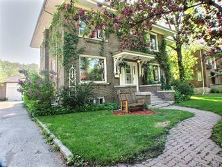 Photo 2: 91 West Gate in : Armstong's Point Single Family Detached for sale (Central Winnipeg)  : MLS®# 1412316