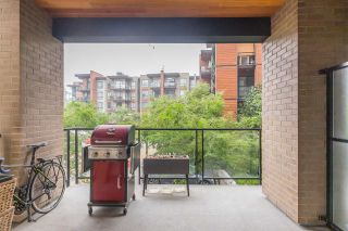 Photo 21: 207 719 W 3RD STREET in North Vancouver: Harbourside Condo for sale : MLS®# R2498764