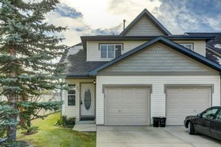 Photo 1: 431 Country Village Cape NE in Calgary: Country Hills Village Row/Townhouse for sale : MLS®# A1043447