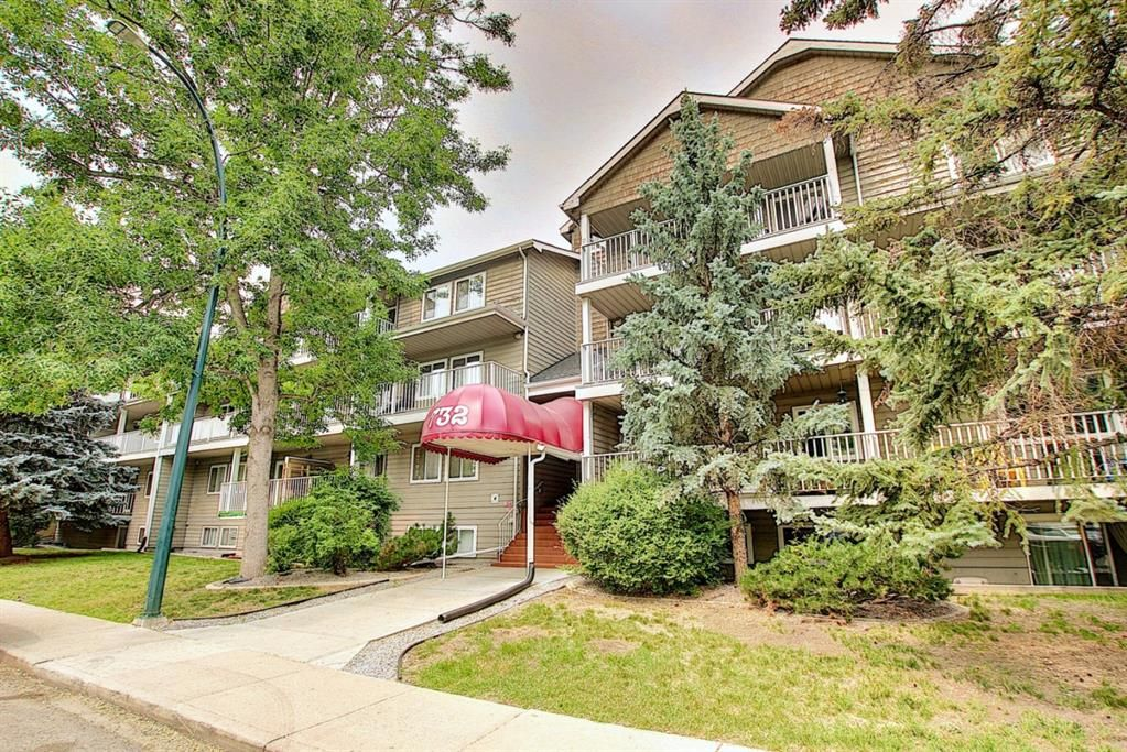 Main Photo: 408 732 57 Avenue SW in Calgary: Windsor Park Apartment for sale : MLS®# A1134392