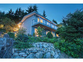 Photo 1: 561 KILDONAN Road in West Vancouver: Glenmore House for sale : MLS®# V1078536