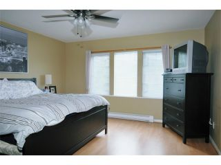 """Photo 7: 17 1765 PADDOCK Drive in Coquitlam: Westwood Plateau Townhouse for sale in """"WORTHING GREEN"""" : MLS®# V912013"""