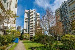 Photo 1: 910 4300 MAYBERRY Street in Burnaby: Metrotown Condo for sale (Burnaby South)  : MLS®# R2365202