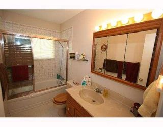 Photo 5:  in CALGARY: Glenbrook Residential Detached Single Family for sale (Calgary)  : MLS®# C3254776