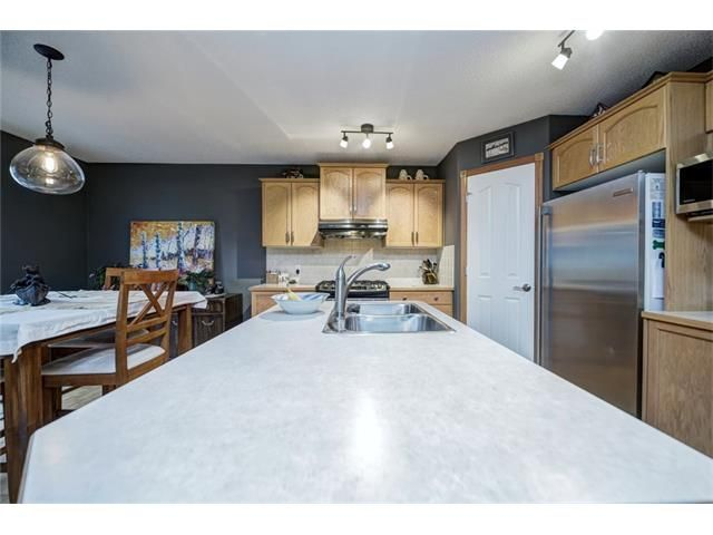 Photo 15: Photos: 137 COVE Court: Chestermere House for sale : MLS®# C4090938