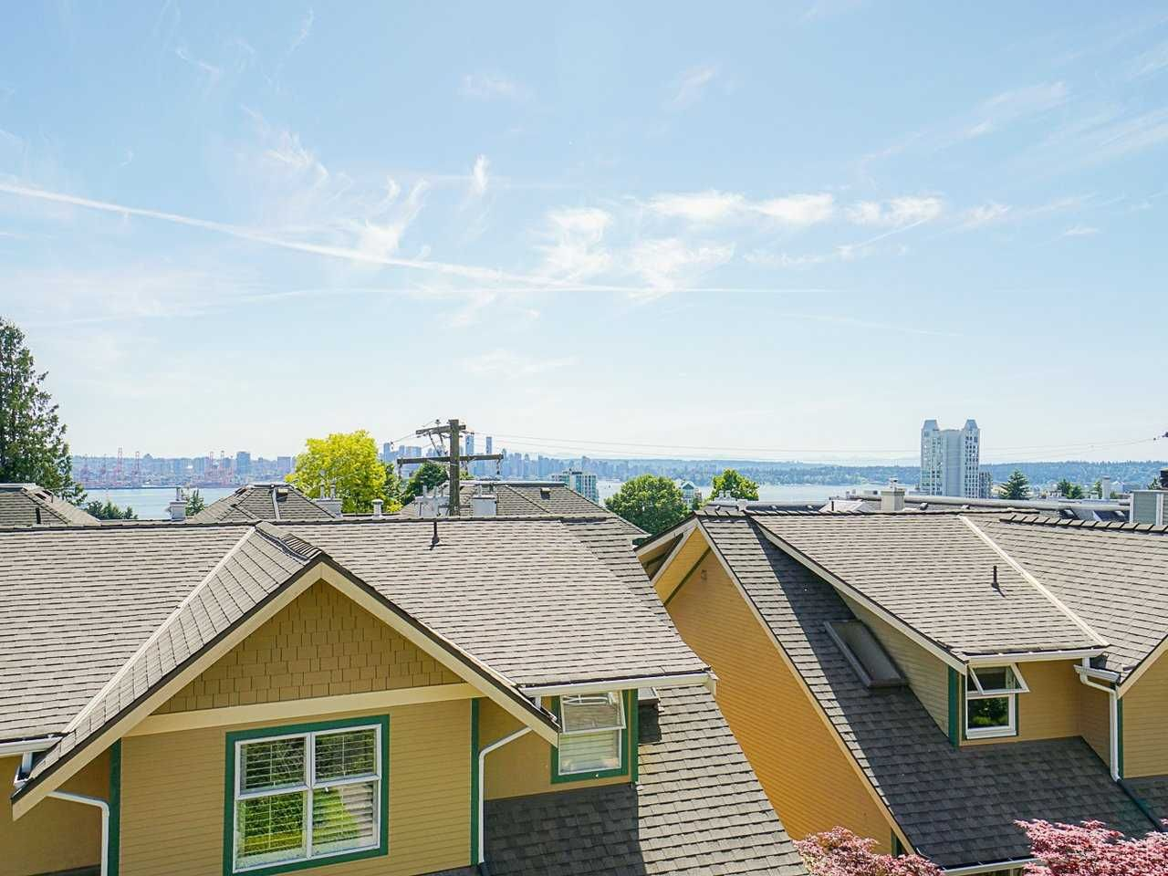 """Photo 38: Photos: 4 235 E KEITH Road in North Vancouver: Lower Lonsdale Townhouse for sale in """"Carriage Hill"""" : MLS®# R2471169"""