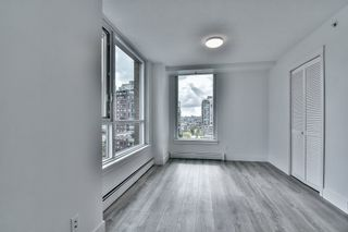 "Photo 9: 1106 388 DRAKE Street in Vancouver: Yaletown Condo for sale in ""GOVERNOR'S TOWER"" (Vancouver West)  : MLS®# R2162040"