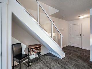 Photo 9: 368 2233 34 Avenue SW in Calgary: Garrison Woods Apartment for sale : MLS®# A1137876