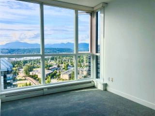 """Photo 19: 2410 10777 UNIVERSITY Drive in Surrey: Whalley Condo for sale in """"CITYPOINT"""" (North Surrey)  : MLS®# R2588021"""
