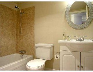 """Photo 6: 102 436 7TH ST in New Westminster: Uptown NW Condo for sale in """"Regency Court"""" : MLS®# V575799"""