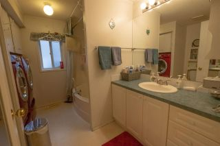 Photo 19: 35 8266 KING GEORGE Boulevard in Surrey: Bear Creek Green Timbers Manufactured Home for sale : MLS®# R2532673