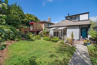 Photo 2: 4131 YALE Street in Burnaby: Vancouver Heights House for sale (Burnaby North)  : MLS®# R2196944