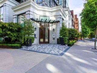 "Photo 2: 1110 HORNBY Street in Vancouver: Downtown VW Townhouse for sale in ""ARTESMIA"" (Vancouver West)  : MLS®# R2575042"