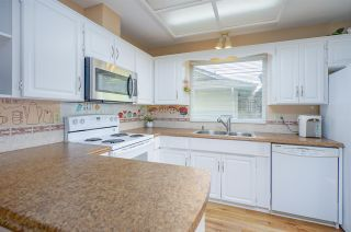 Photo 9: 15484 19 Avenue in Surrey: King George Corridor House for sale (South Surrey White Rock)  : MLS®# R2398510