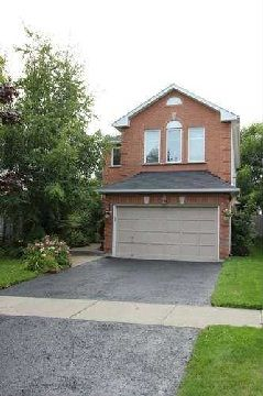 Main Photo: 28 Apple Blossom Boulevard in Bowmanville: Freehold for sale : MLS®# E2984397