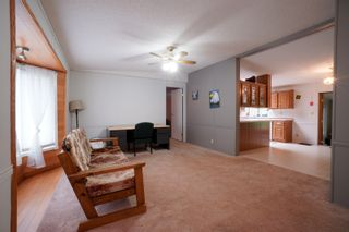 Photo 7: 12 King Crescent in Portage la Prairie RM: House for sale : MLS®# 202112403