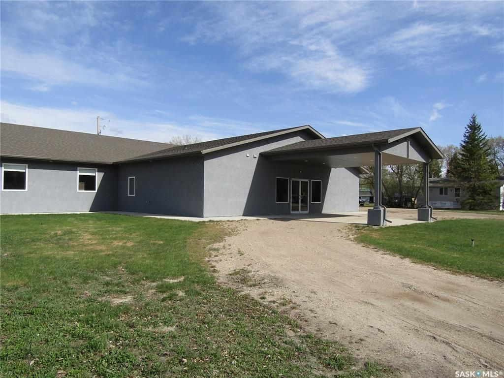 Main Photo: 2032 2nd Street Northeast in Carrot River: Commercial for sale : MLS®# SK840455