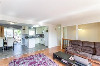 Photo 3: 11722 203 Street in Maple Ridge: Southwest Maple Ridge House for sale : MLS®# R2471098