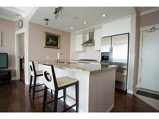"""Photo 5: 1608 7088 18TH Avenue in Burnaby: Edmonds BE Condo for sale in """"PARK 360"""" (Burnaby East)  : MLS®# V1142763"""