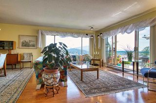 "Photo 11: 8 554 EAGLECREST Drive in Gibsons: Gibsons & Area Townhouse for sale in ""Georgia Mirage"" (Sunshine Coast)  : MLS®# R2474537"