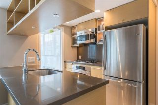 """Photo 9: 1206 833 SEYMOUR Street in Vancouver: Downtown VW Condo for sale in """"CAPITOL"""" (Vancouver West)  : MLS®# R2585861"""