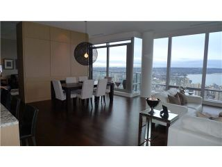 """Photo 4: 4701 1128 W GEORGIA Street in Vancouver: West End VW Condo for sale in """"SHANGRI LA PRIVATE ESTATES"""" (Vancouver West)  : MLS®# V824240"""