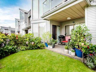 "Photo 11: 313 60 RICHMOND Street in New Westminster: Fraserview NW Condo for sale in ""GATEHOUSE PLACE"" : MLS®# R2500986"