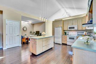 Photo 11: 15511 THRIFT Avenue: White Rock 1/2 Duplex for sale (South Surrey White Rock)  : MLS®# R2526609