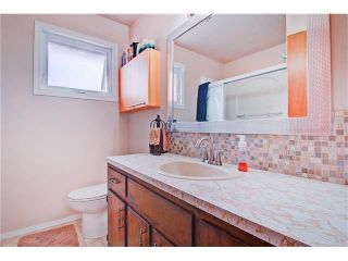 Photo 18: 545 RUNDLEVILLE Place NE in Calgary: Rundle House for sale : MLS®# C4079787
