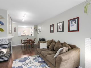 """Photo 4: 206 509 CARNARVON Street in New Westminster: Downtown NW Condo for sale in """"HILLSIDE PLACE"""" : MLS®# R2150025"""