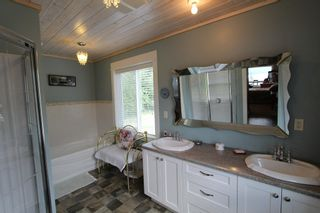 Photo 22: 7823 Squilax Anglemont Road in Anglemont: North Shuswap House for sale (Shuswap)  : MLS®# 10116503