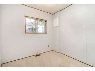 """Photo 17: 293 1840 160 Street in Surrey: King George Corridor Manufactured Home for sale in """"Breakaway Bays"""" (South Surrey White Rock)  : MLS®# R2616077"""