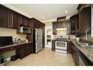 Photo 2: 33150 Dalke Avenue in Mission: House for sale : MLS®# F1308747