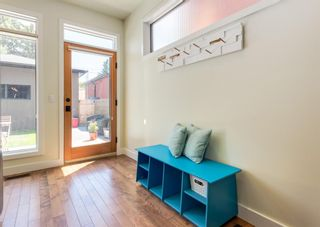 Photo 16: 3322 41 Street SW in Calgary: Glenbrook Detached for sale : MLS®# A1122385