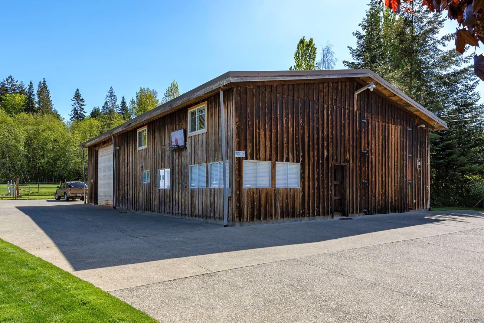 Photo 23: Photos: Vancouver Island Horse Property