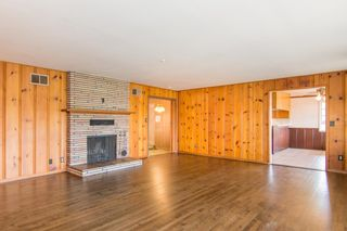 Photo 3: EAST ESCONDIDO House for sale : 4 bedrooms : 636 E 9th Avenue in Escondido