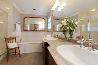 Photo 13: 1378 MATHERS Avenue in West Vancouver: Ambleside House for sale : MLS®# R2287960