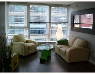 """Photo 2: 808 928 BEATTY Street in Vancouver: Downtown VW Condo for sale in """"The Max"""" (Vancouver West)  : MLS®# V714659"""