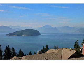 "Photo 7: 8681 SEASCAPE Drive in West Vancouver: Howe Sound Townhouse for sale in ""CAULFIELD PLAN"" : MLS®# V1103023"