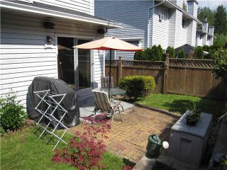 """Photo 14: 105 11255 HARRISON Street in Maple Ridge: East Central Townhouse for sale in """"RIVER HEIGHTS"""" : MLS®# V1107539"""