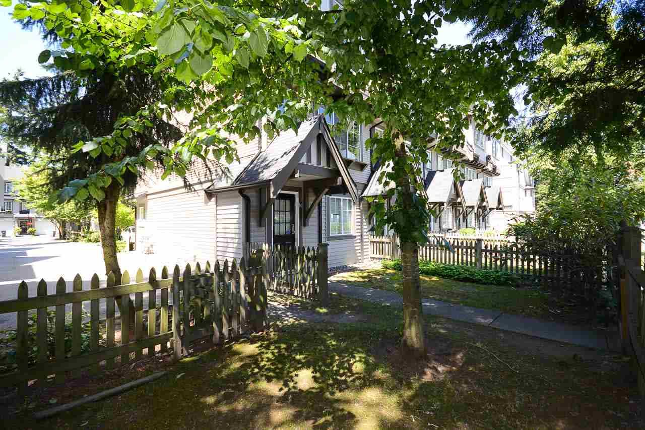 """Photo 12: Photos: 54 12778 66 Avenue in Surrey: West Newton Townhouse for sale in """"HATHAWAY VILLAGE"""" : MLS®# R2085021"""