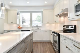 """Photo 9: 21038 77A Avenue in Langley: Willoughby Heights Condo for sale in """"IVY ROW"""" : MLS®# R2474522"""