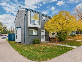 Photo 1: 128 6440 4 Street NW in Calgary: Thorncliffe Row/Townhouse for sale : MLS®# C4209008