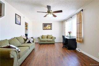 Photo 3: 558 Berwick Place in Winnipeg: Fort Rouge Residential for sale (1Aw)  : MLS®# 1805408