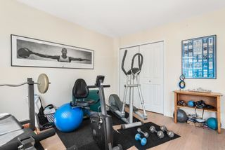 """Photo 30: 828 PARKER Street: White Rock House for sale in """"EAST BEACH"""" (South Surrey White Rock)  : MLS®# R2607727"""