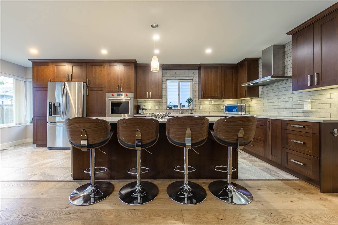 Main Photo: 763 E 10TH Street in North Vancouver: Boulevard House for sale : MLS®# R2541914
