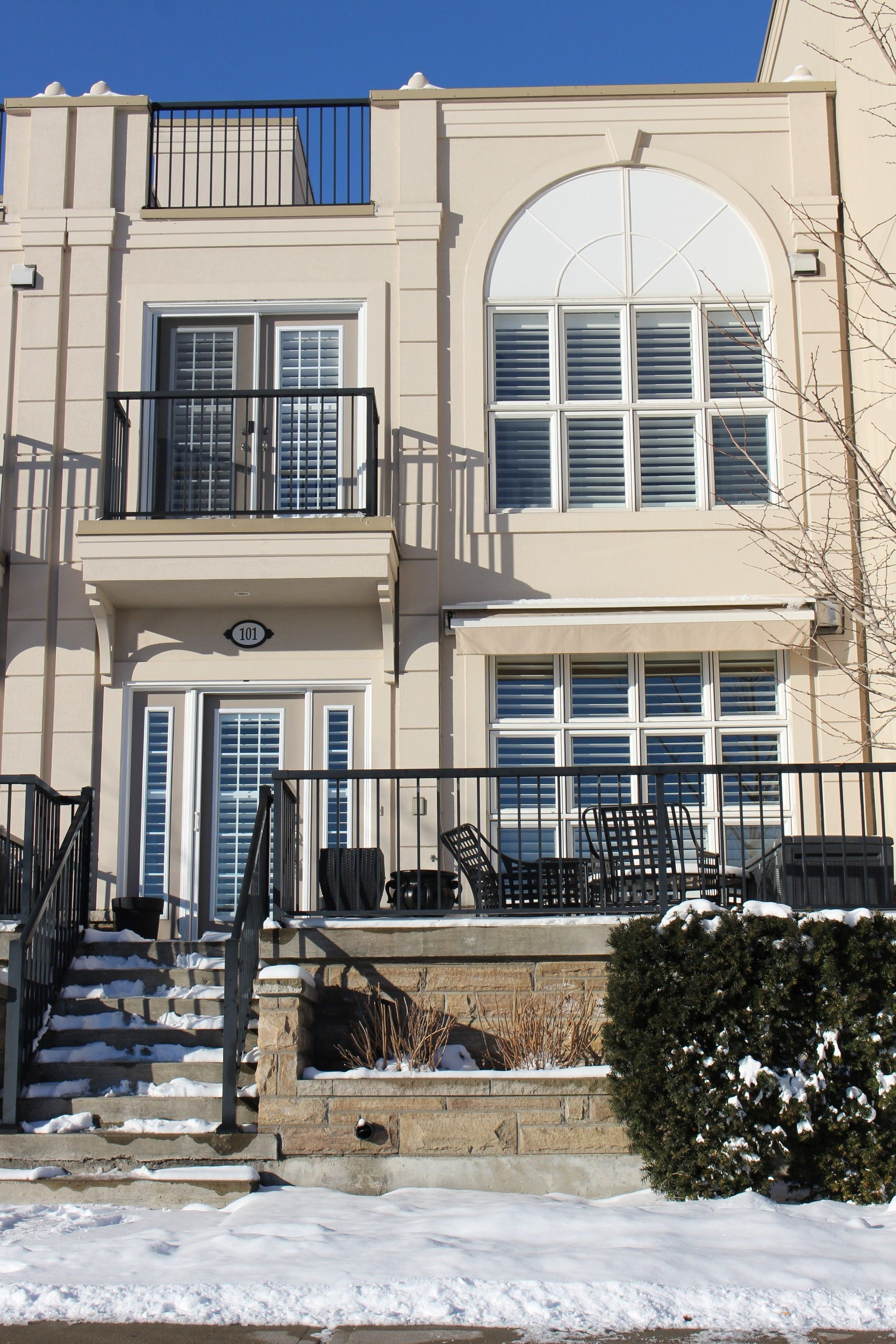 Main Photo: 101 165 Division Street in Cobourg: Condo for sale : MLS®# 510930143