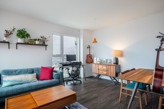 """Photo 3: PH4 983 E HASTINGS Street in Vancouver: Strathcona Condo for sale in """"STRATHCONA VILLAGE"""" (Vancouver East)  : MLS®# R2603443"""