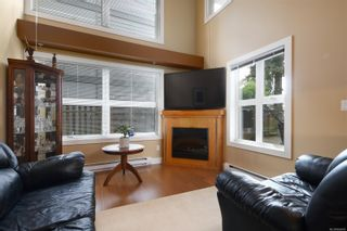 Photo 2: 103 2745 Veterans Memorial Pkwy in : La Mill Hill Row/Townhouse for sale (Langford)  : MLS®# 866685